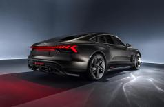 Audi_e-tron_GT_concept_motorage.it-08